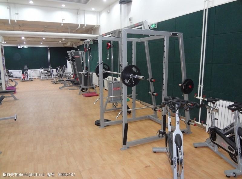 健身场地健身器材